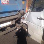 Wypadek w Lniskach: bus uderzył w ciężarówkę [ZDJĘCIA]