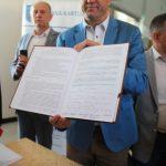 Na ratunek kolei kaszubskiej – w Kartuzach podpisano list intencyjny