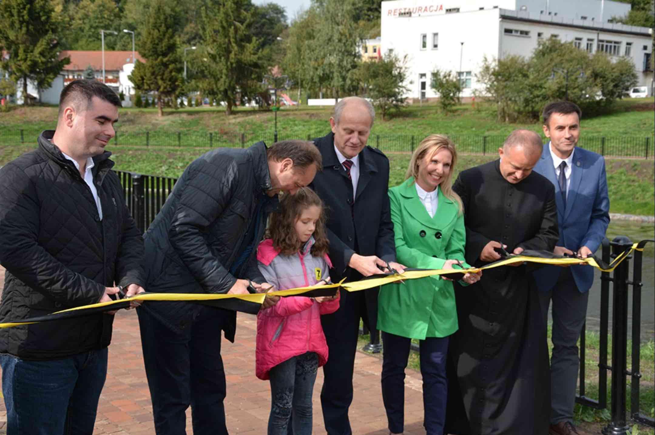 23 września 2018 roku odbyło się uroczyste otwarcie strefy rekreacyjnej rewitalizowanego parku przy Klasztorze Norbertanek w Żukowie fot. UG w Żukowie