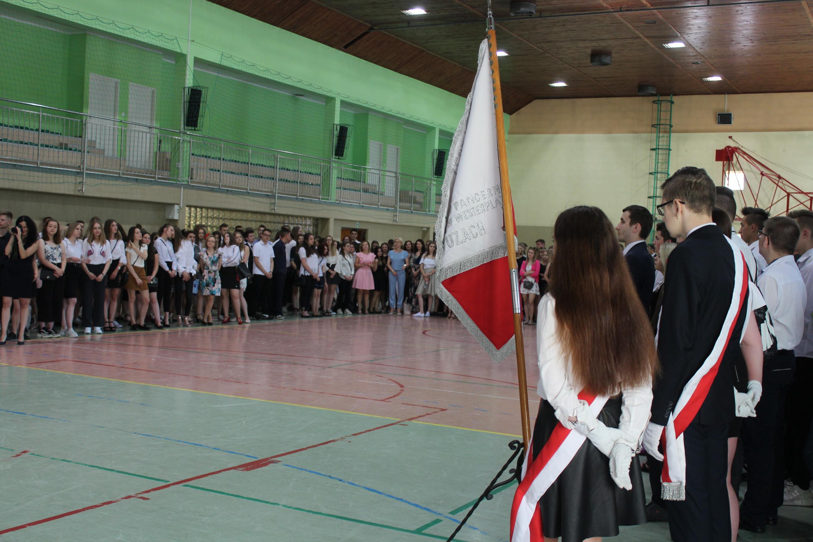 Zakończenie roku szkolnego na wzgórzu 2019 fot. P.CH. / zKaszub.info