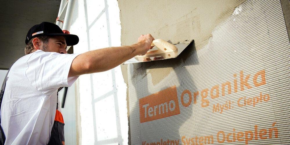 Czym ocieplić dom? Jedno rozwiązanie do kompleksowej izolacji ścian styropianem