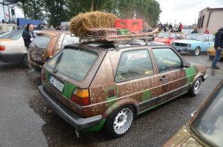 """Przodkowo. Samochody """"z duszą"""" zawitały na festiwal. Zobacz zdjęcia!"""