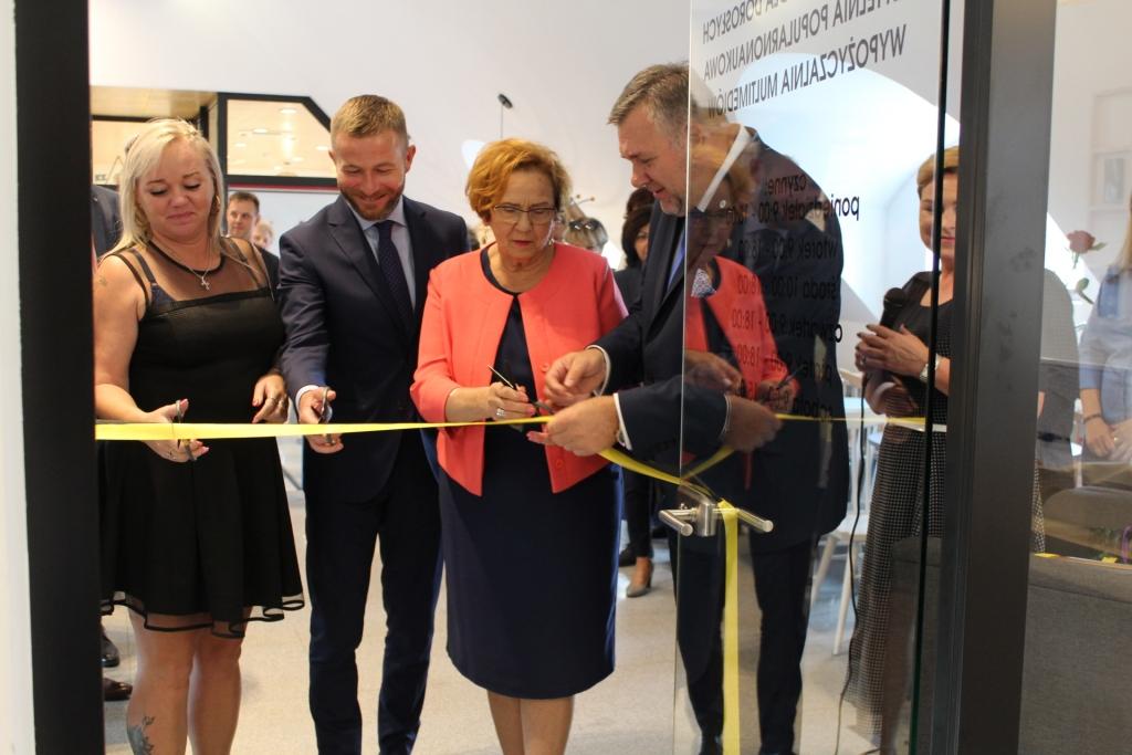 Otwarcie biblioteki w Kartuzach 2018 - fot. zKaszub.info - IMG_9053