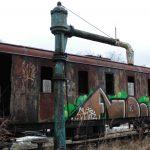 Opuszczone miejsca na Pomorzu: bocznica PKP w Kartuzach [ZDJĘCIA]