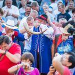 Festiwal Tradycji Kaszubskich: padł rekord w jednoczesnym tabaczeniu [ZDJĘCIA]