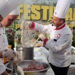"""Festiwal Potraw Kaszubskich """"Kaszëbsczé Jestkù"""" w Ostrzycach [ZDJĘCIA]"""