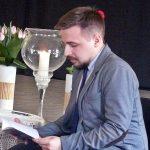 """Piotr Chistowski i jego przyjęta owacjami """"Pretensjonalna melodia"""" [ZDJĘCIA]"""