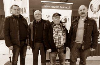 fot. Kaszebe Baszka/ Franciszek Derra – trzeci od lewej