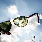 Podpowiadamy, jak wybrać okulary przeciwsłoneczne [WIDEO]