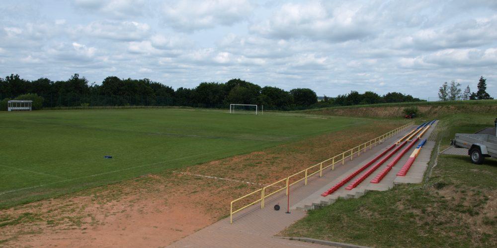 Sportowe zmiany na plus w Goręczynie i Somoninie! Podpisana umowa na dofinansowanie