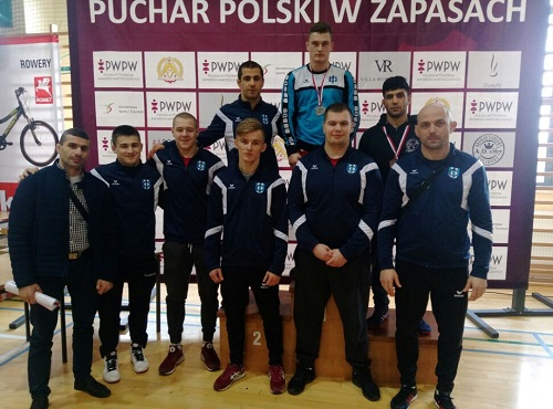 Srebro i dwa brązy kartuskich zapaśników na I Pucharze Polski
