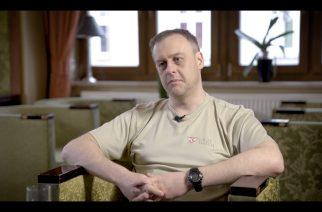 """Bartosz Rutkowski w programie """"Na Dywaniku"""" opowiadał m.in. o prowadzonych zbiórkach na rzecz uchodźców"""