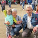 Wielopokoleniowa zabawa na Pikniku Babć, Dziadków i Wnucząt