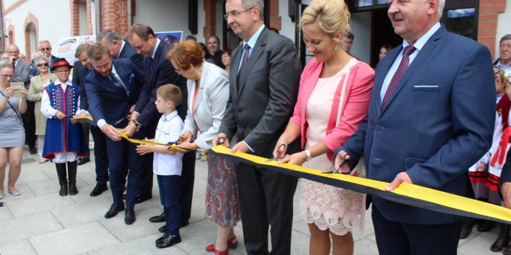 Dworzec kolejowy w Kartuzach uroczyście otwarty! fot. P. Chistowski / zKaszub.info