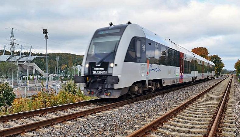 Radni przegłosowali! Będzie dodatkowy, weekendowy kurs kolejowy w okresie letnim