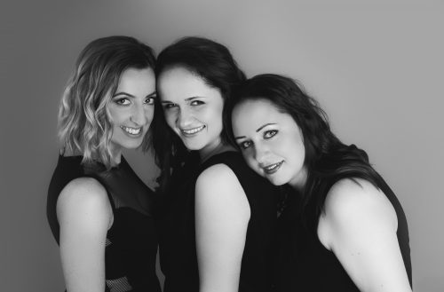 Wokalistki zespół IVY. Od lewej: Monika Dejk-Ćwikła, Paulina Małek i Marcelina Zapotoczna fot. Anna Kruszyńska