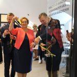 Przyjazna i nowoczesna… Uroczyście otwarto bibliotekę w Kartuzach