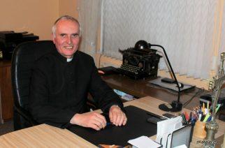 Ks. Bogdan Lipski, proboszcz parafii pw. św. Katarzyny Aleksandryjskiej w Stężycy