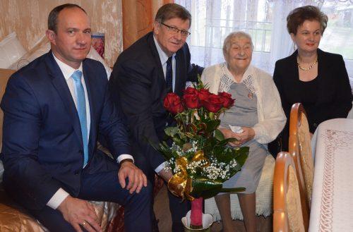 Najstarsza mieszkanka powiatu, Anna Drywa świętowała 102. urodziny