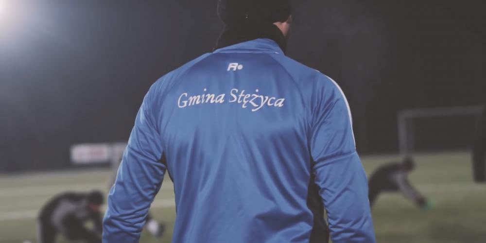 """Krzysztof Stanowski w mocnych słowach o gminie Stężyca – """"Wszystko by się pięknie spinało, gdyby nie futbol."""""""
