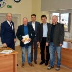 Żukowskie NGO z certyfikatami potwierdzającymi przyznanie grantów