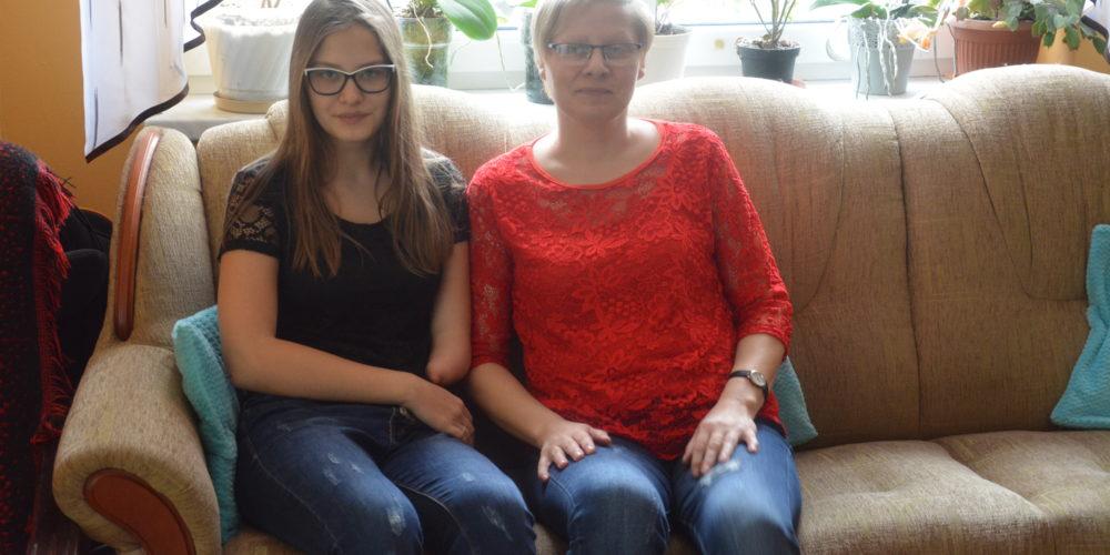 Paulina z Miszewka zbiera fundusze na protezę. Możemy jej pomóc!