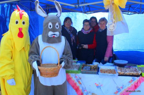 Kolorowy i domowy Jarmark Wielkanocny w Sierakowicach [ZDJĘCIA]