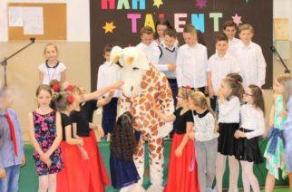 Szkoła Podstawowa w Borkowie świętowała urodziny swojego patrona