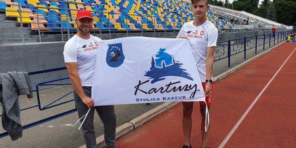 Członek GKS Cartusia zawodnikiem na meczu U18 w Ukrainie