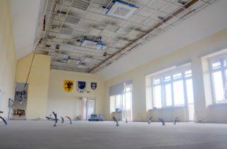 Modernizacja budynku Urzędu Gminy już na półmetku