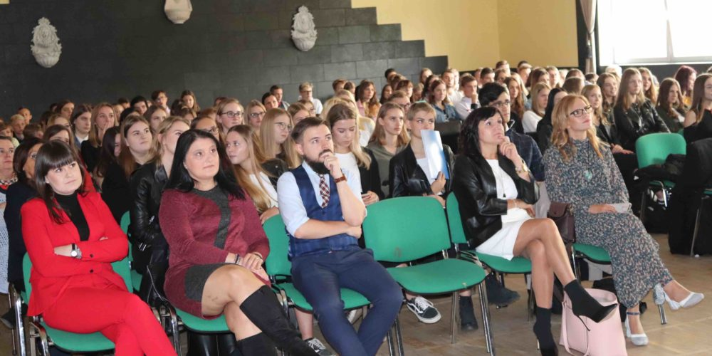 """Za nami """"Nie bądź dzbanem 2019, czyli spotkanie na poziomie"""" w Chmielnie"""