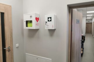Defibrylator w urzędzie