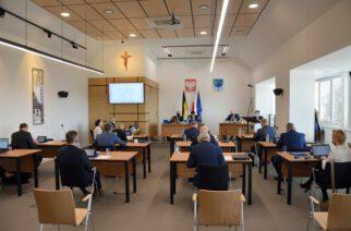 Żukowo. 950 tys. złotych na zadania powiatu – głównie drogi i chodniki