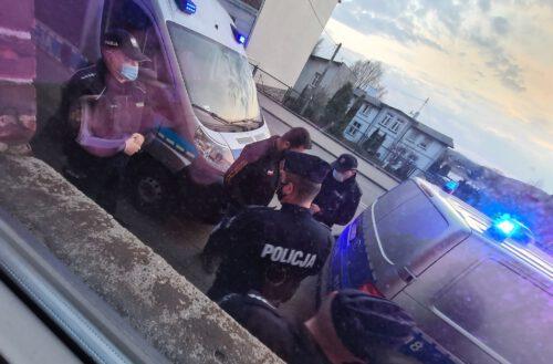 """Kartuzy. Jeden z miejskich radnych w policyjnym nalocie na """"Pretekst"""" (wideo) AKTUALIZACJA"""